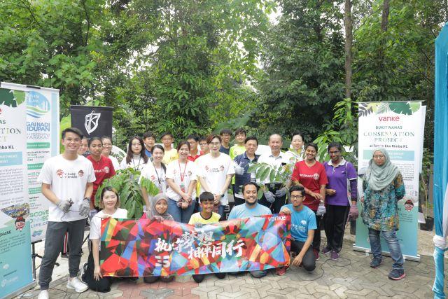 CSR Picture 01
